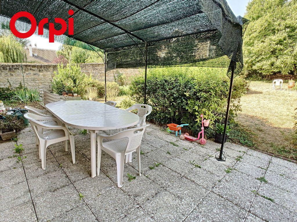 Maison à vendre 8 192m2 à Hardricourt vignette-3