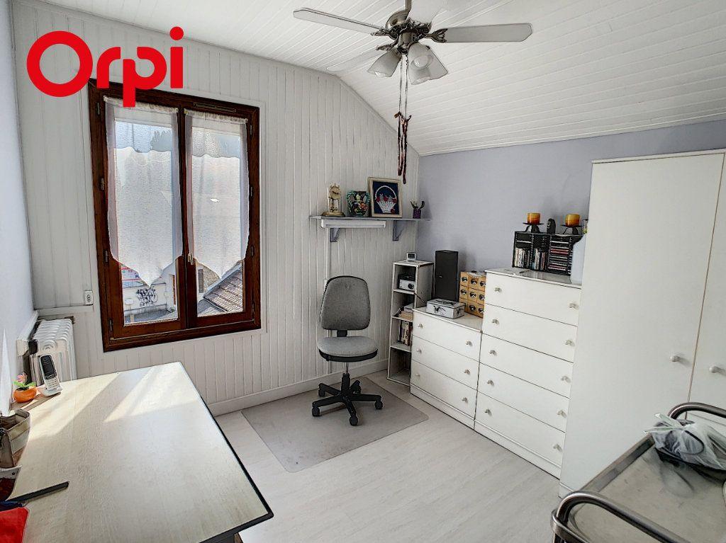 Maison à vendre 8 192m2 à Hardricourt vignette-9