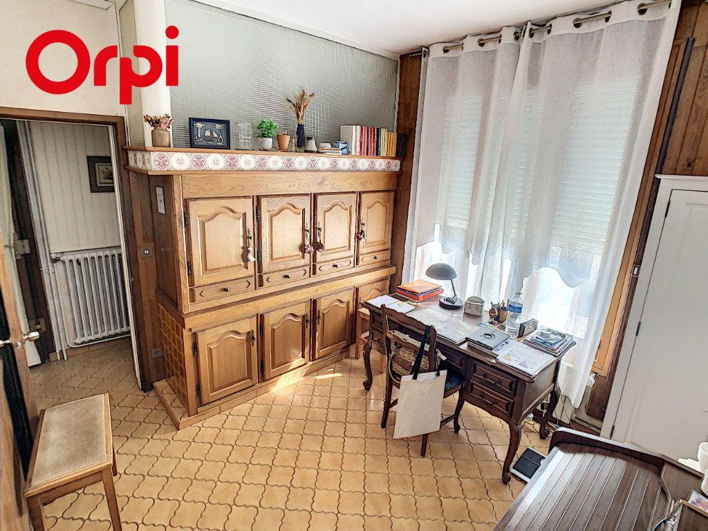 Maison à vendre 8 192m2 à Hardricourt vignette-13