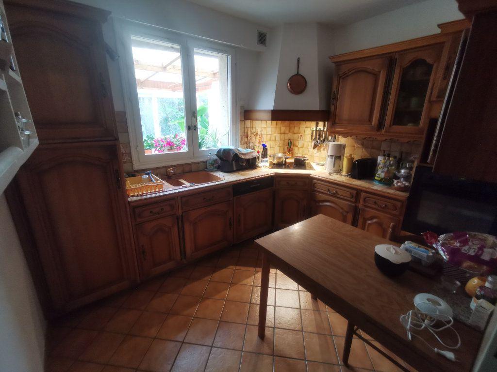Maison à vendre 4 119m2 à Gaillon-sur-Montcient vignette-3