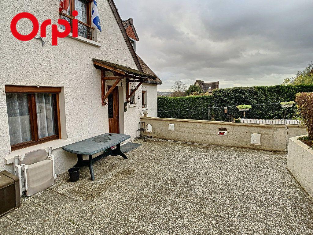 Maison à vendre 7 130m2 à Juziers vignette-15