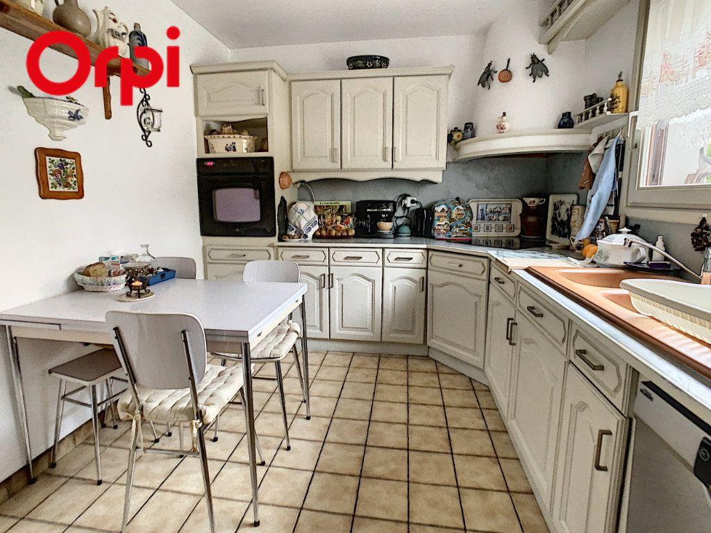 Maison à vendre 7 130m2 à Juziers vignette-16