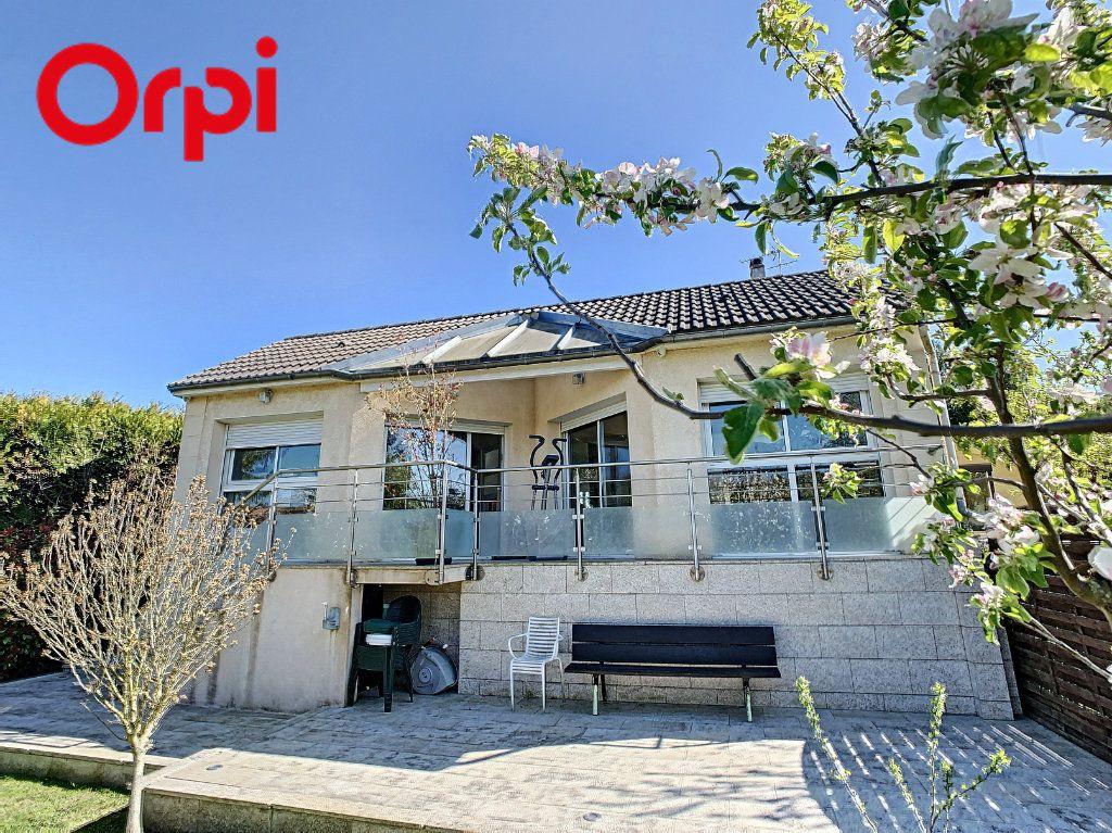 Maison à vendre 6 176m2 à Juziers vignette-1