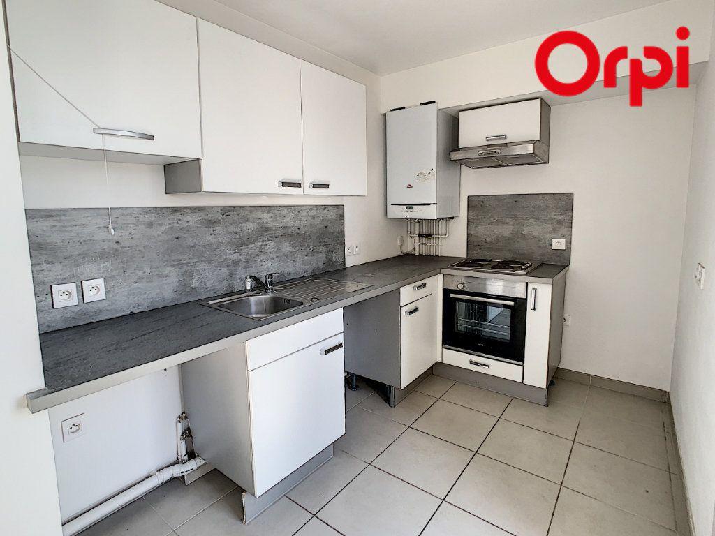 Appartement à vendre 4 90.16m2 à Hardricourt vignette-2