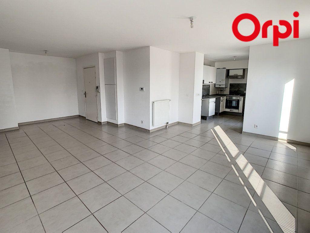 Appartement à vendre 4 90.16m2 à Hardricourt vignette-3