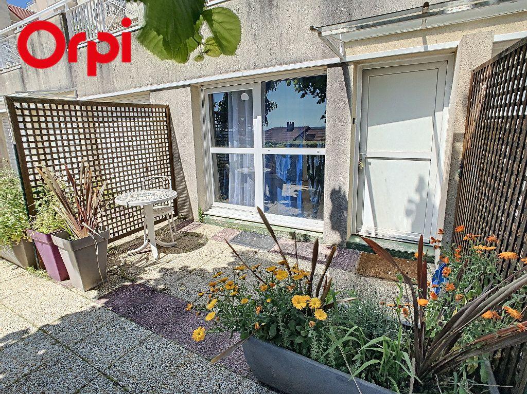 Appartement à louer 1 24.5m2 à Meulan-en-Yvelines vignette-4