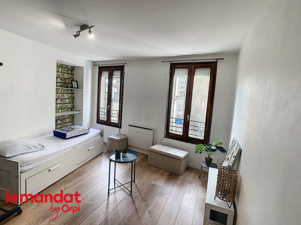 Appartement à louer 1 21m2 à Meulan-en-Yvelines vignette-4