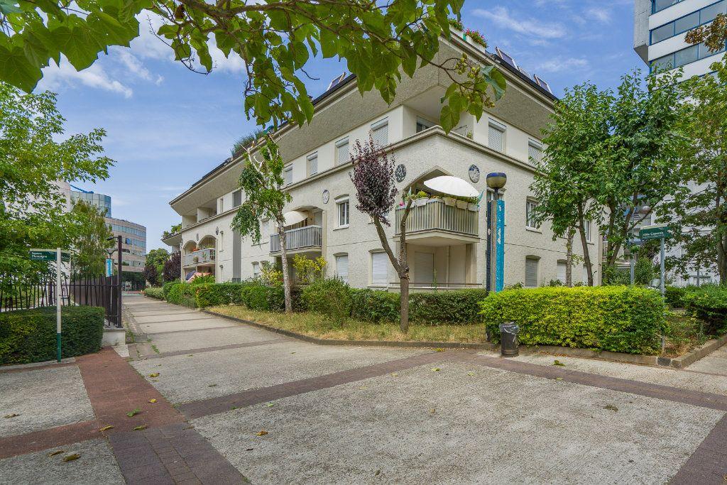 Appartement à vendre 5 102.52m2 à Noisy-le-Grand vignette-1