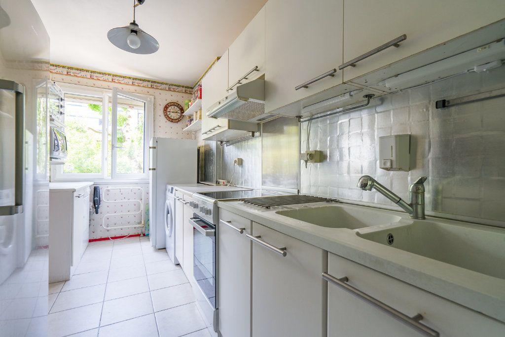Appartement à vendre 5 102.52m2 à Noisy-le-Grand vignette-2
