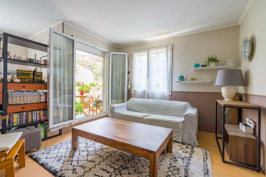 Appartement à vendre 5 102.52m2 à Noisy-le-Grand vignette-3