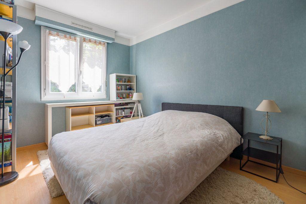 Appartement à vendre 5 102.52m2 à Noisy-le-Grand vignette-8