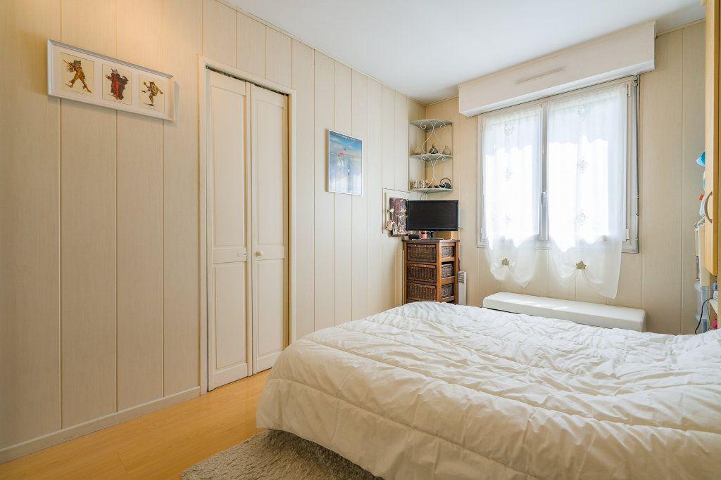 Appartement à vendre 5 102.52m2 à Noisy-le-Grand vignette-9