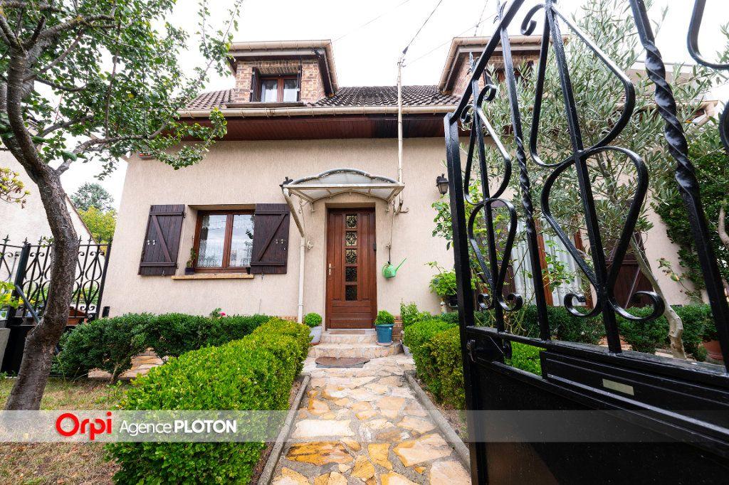 Maison à vendre 5 103m2 à Noisy-le-Grand vignette-2