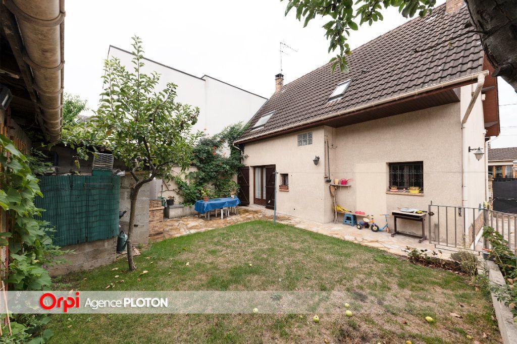 Maison à vendre 5 103m2 à Noisy-le-Grand vignette-8