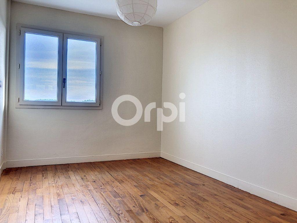 Appartement à vendre 4 77.16m2 à Toulouse vignette-4