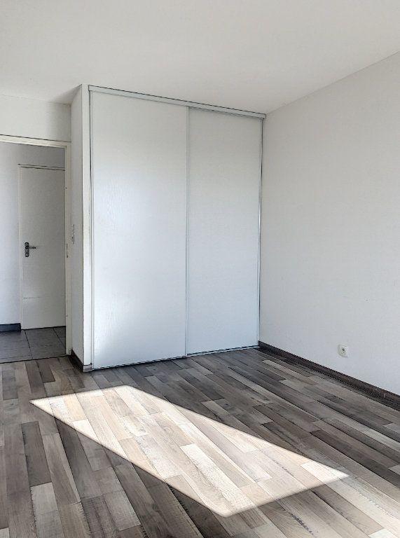 Appartement à louer 2 41.89m2 à Toulouse vignette-5