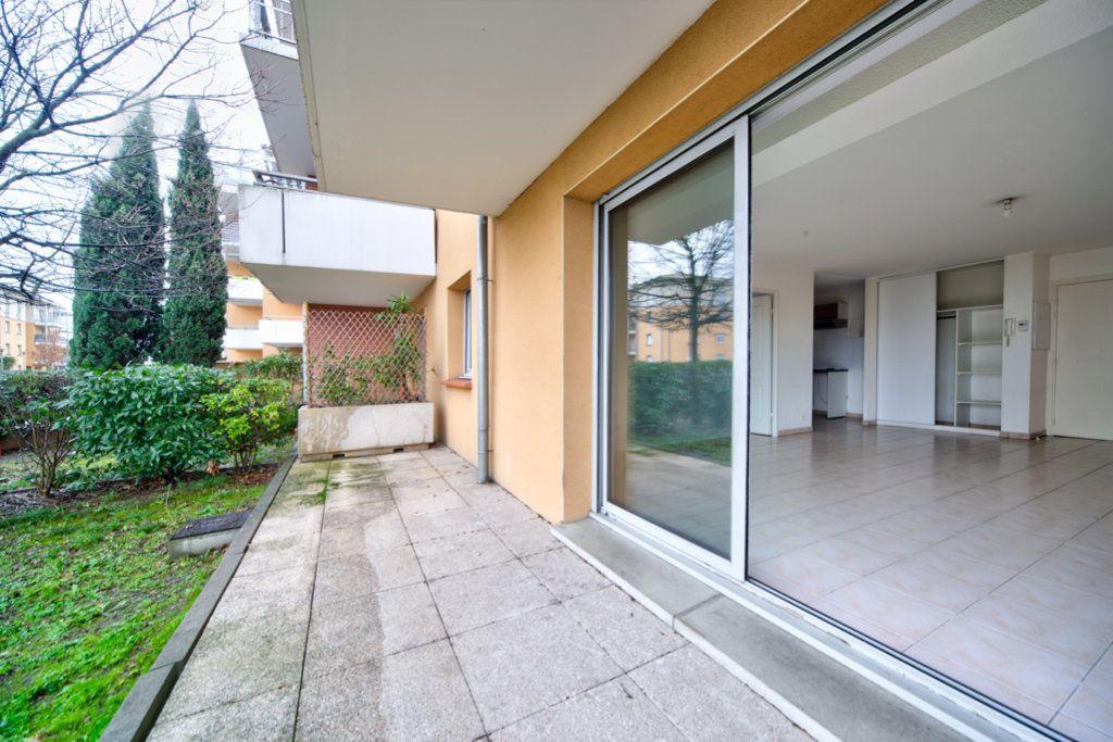 Appartement à vendre 3 70.28m2 à Toulouse vignette-6