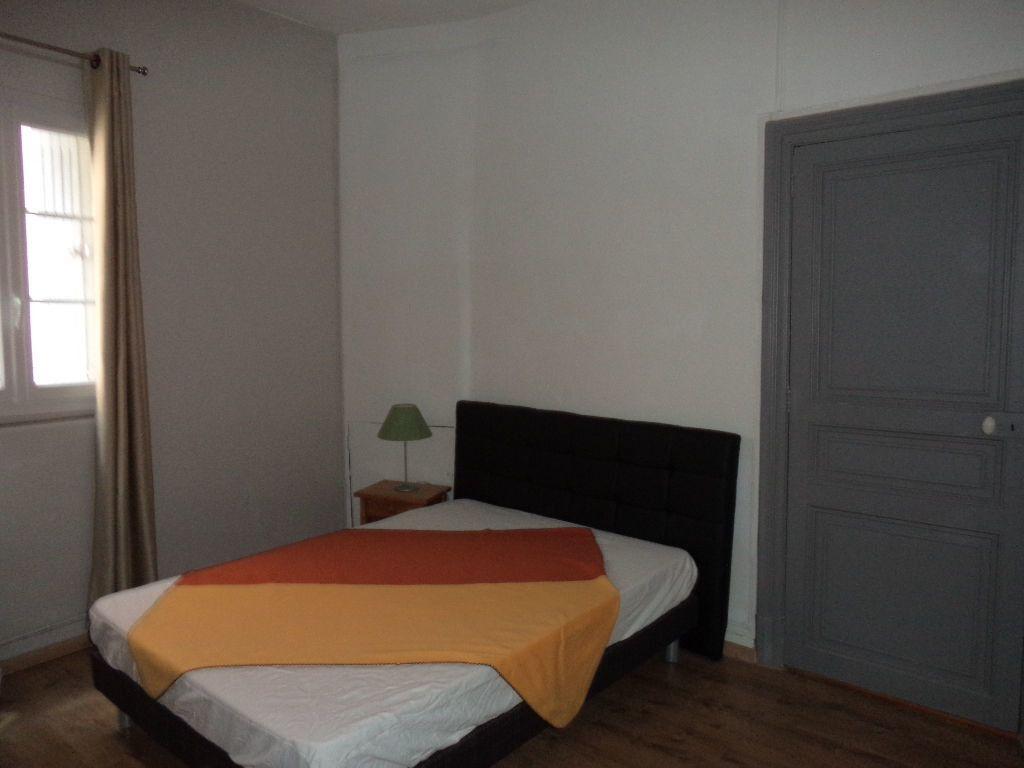 Appartement à louer 2 33.92m2 à Toulouse vignette-2
