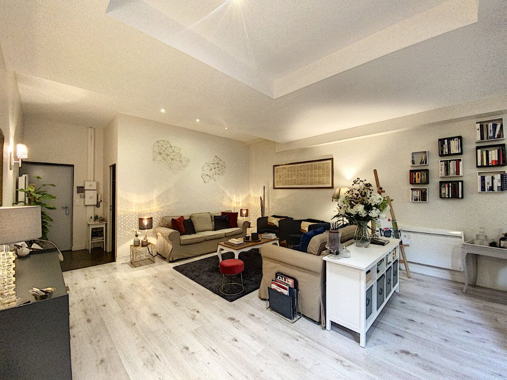Appartement à vendre 2 75m2 à Toulouse vignette-2