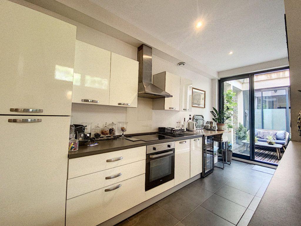 Appartement à vendre 2 75m2 à Toulouse vignette-3