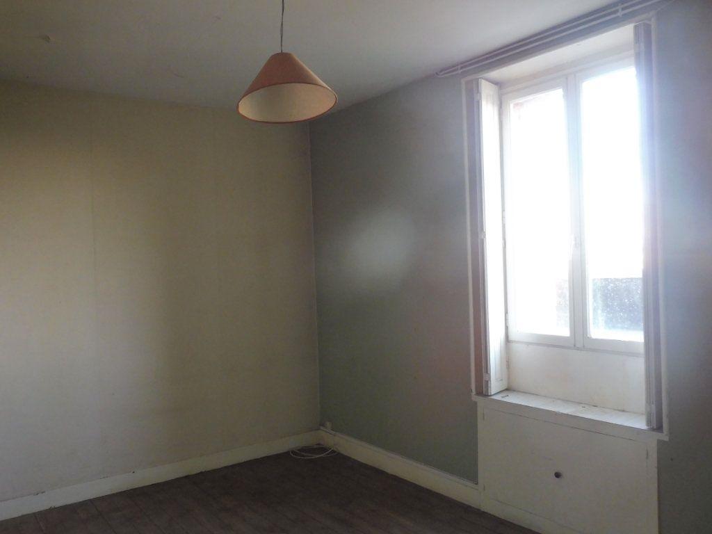 Maison à vendre 7 150m2 à Martigné-Ferchaud vignette-5