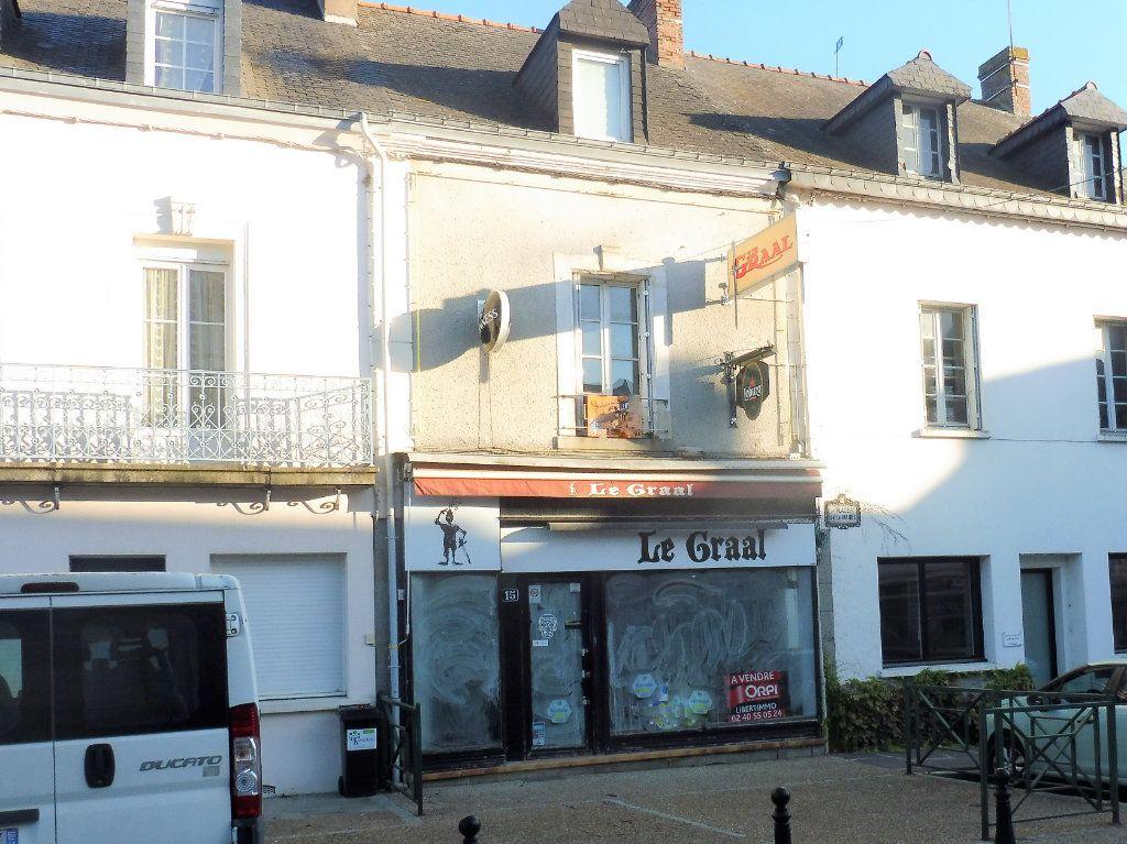 Maison à vendre 7 150m2 à Martigné-Ferchaud vignette-8