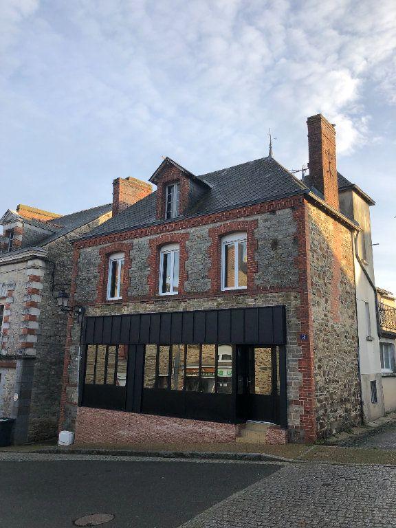 Maison à vendre 7 200m2 à Martigné-Ferchaud vignette-2