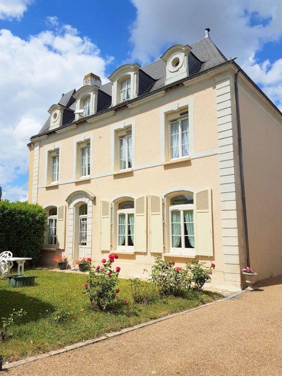 Maison à vendre 9 310m2 à Noëllet vignette-1