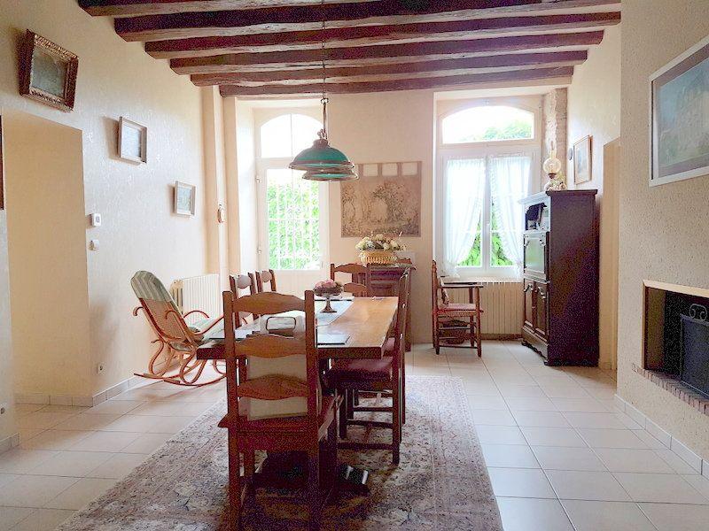 Maison à vendre 9 310m2 à Noëllet vignette-6