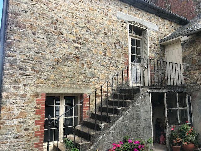 Maison à vendre 5 105m2 à Martigné-Ferchaud vignette-1