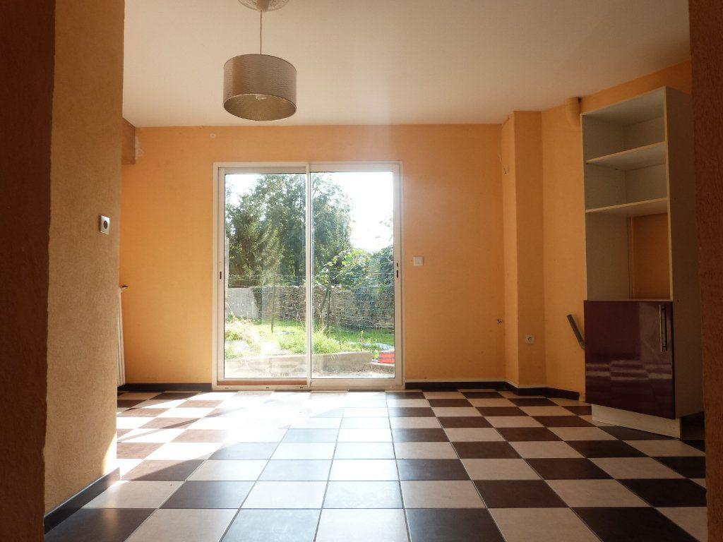 Maison à vendre 5 150m2 à Issé vignette-6