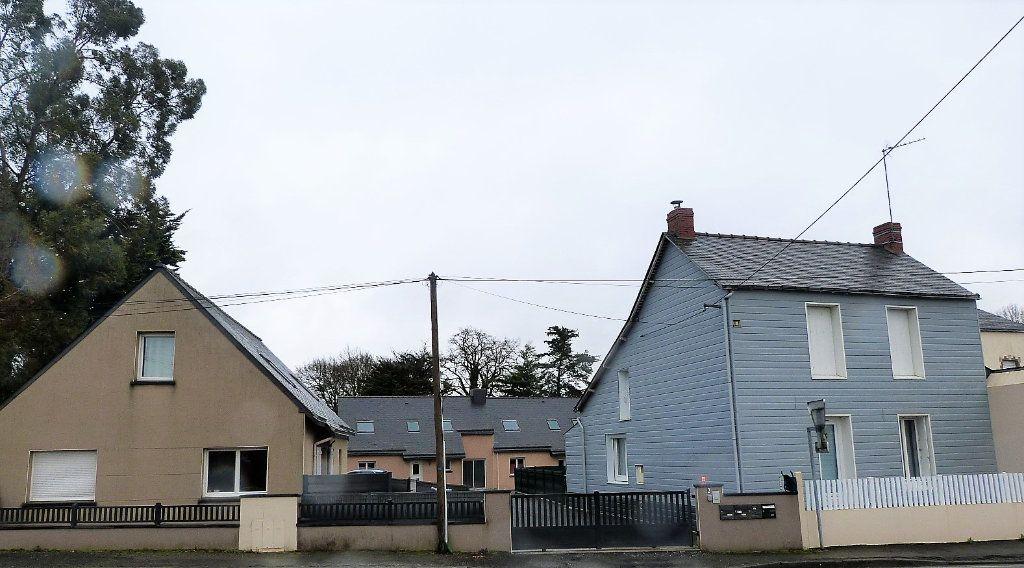 Maison à vendre 10 332m2 à Saint-Aubin-des-Châteaux vignette-4