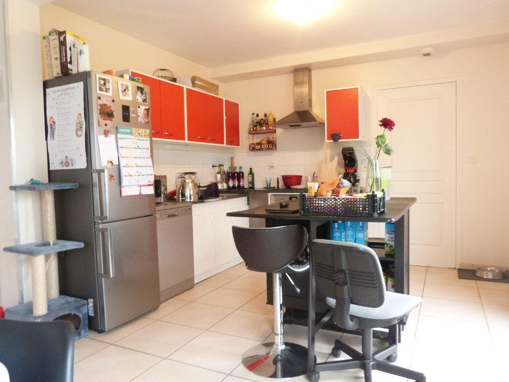 Maison à vendre 10 332m2 à Saint-Aubin-des-Châteaux vignette-7