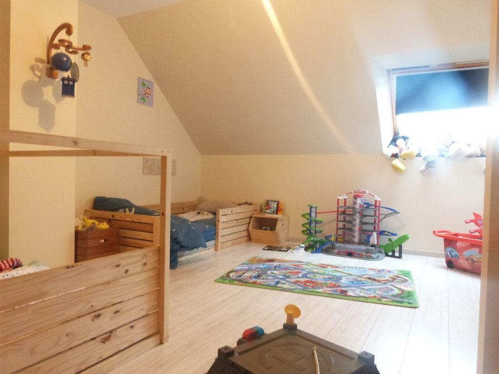 Maison à vendre 10 332m2 à Saint-Aubin-des-Châteaux vignette-9