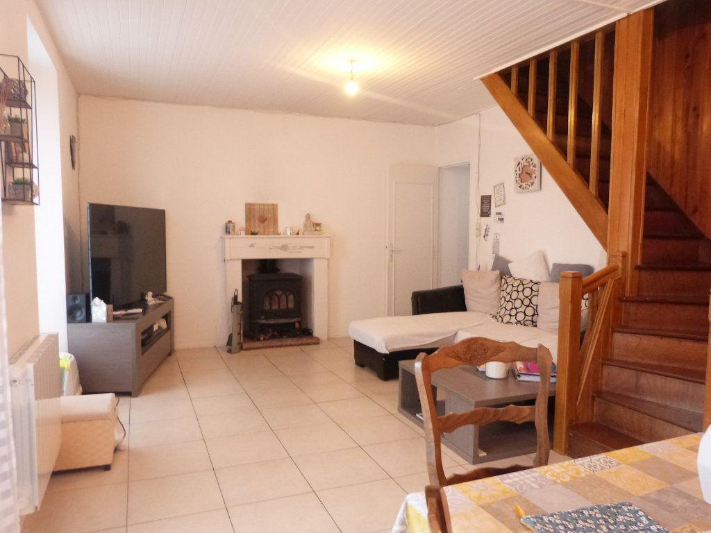 Maison à vendre 10 332m2 à Saint-Aubin-des-Châteaux vignette-17
