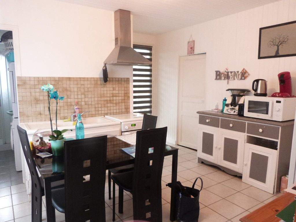 Maison à vendre 10 332m2 à Saint-Aubin-des-Châteaux vignette-18