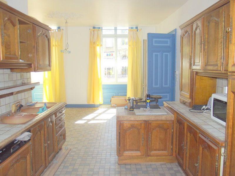 Maison à vendre 10 300m2 à Pouancé vignette-4