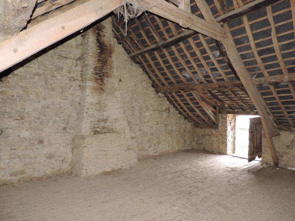 Maison à vendre 4 120m2 à Ercé-en-Lamée vignette-4