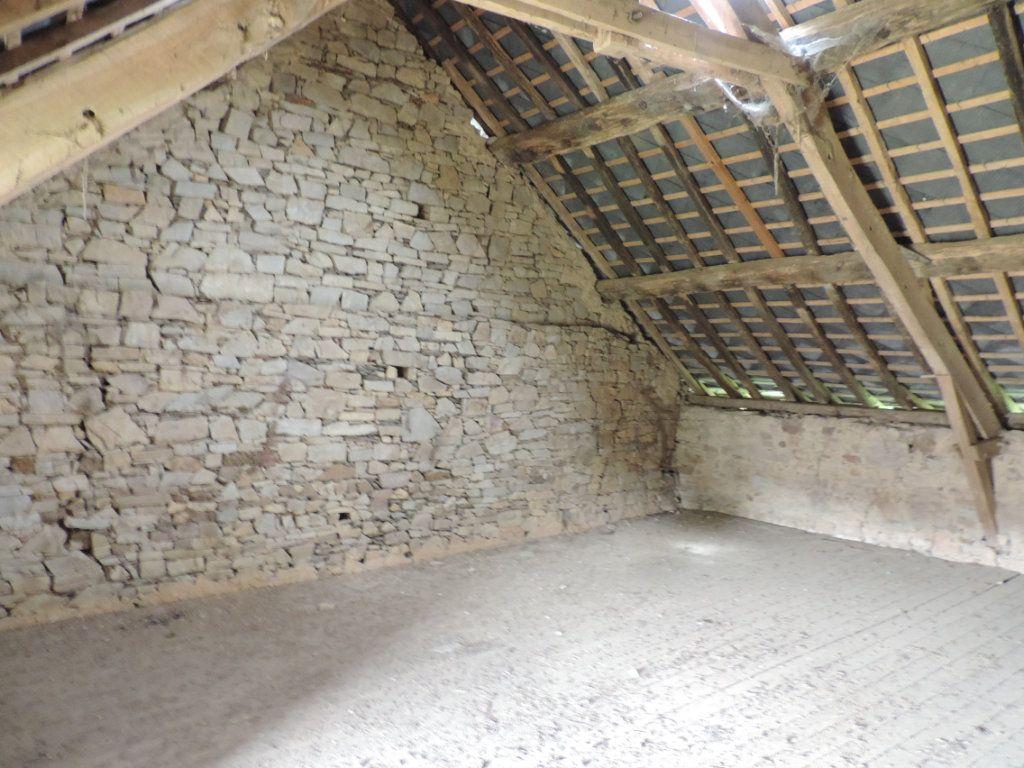 Maison à vendre 4 120m2 à Ercé-en-Lamée vignette-5