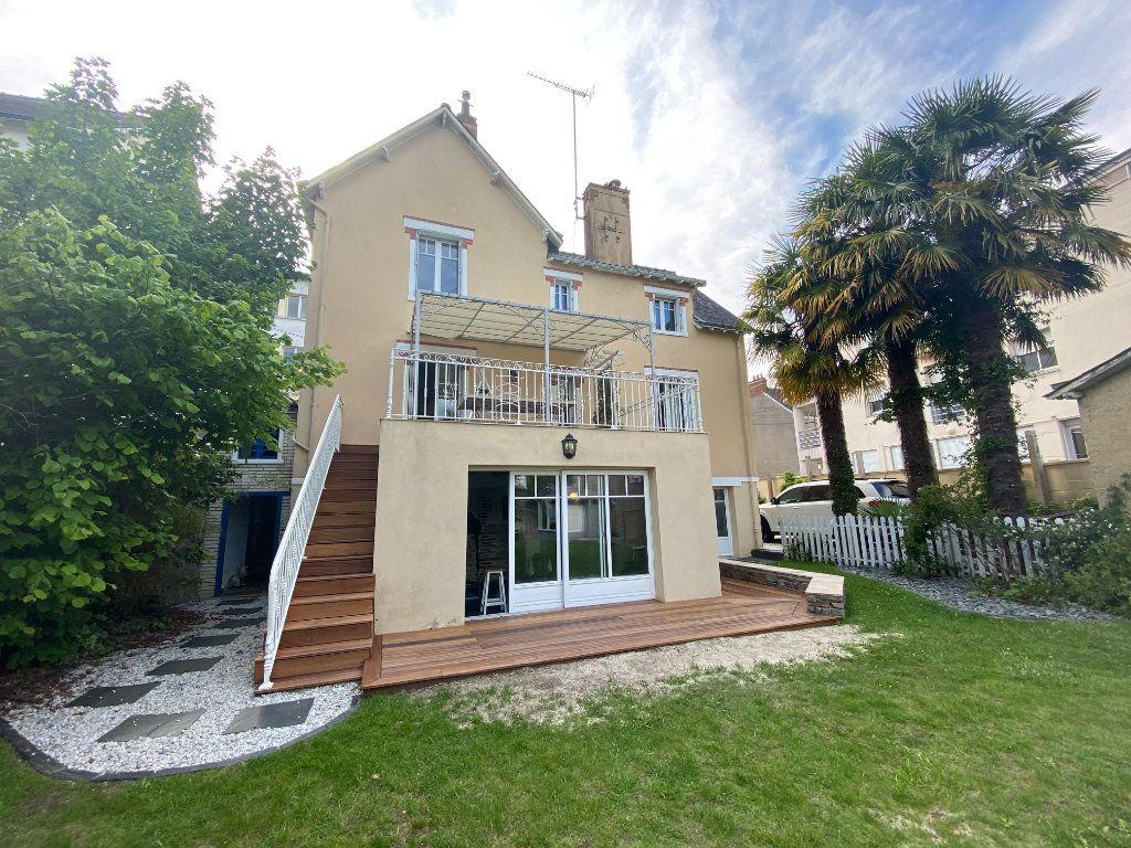 Maison à vendre 10 195m2 à Châteaubriant vignette-1