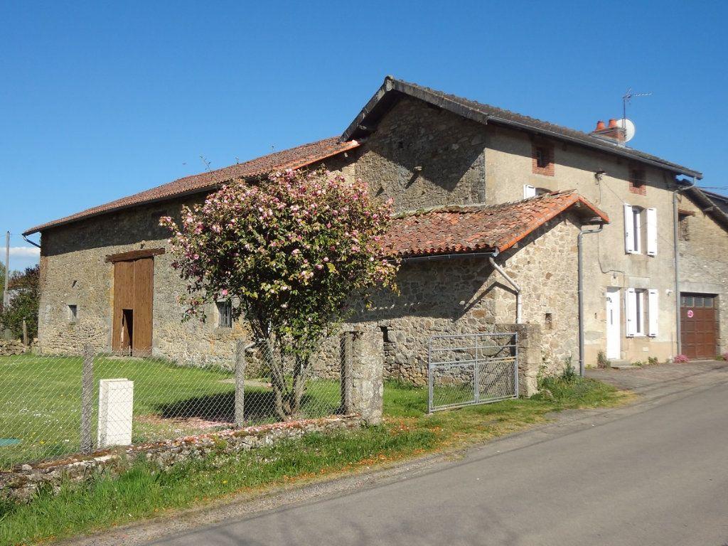 Maison à vendre 4 98m2 à Saint-Gence vignette-1