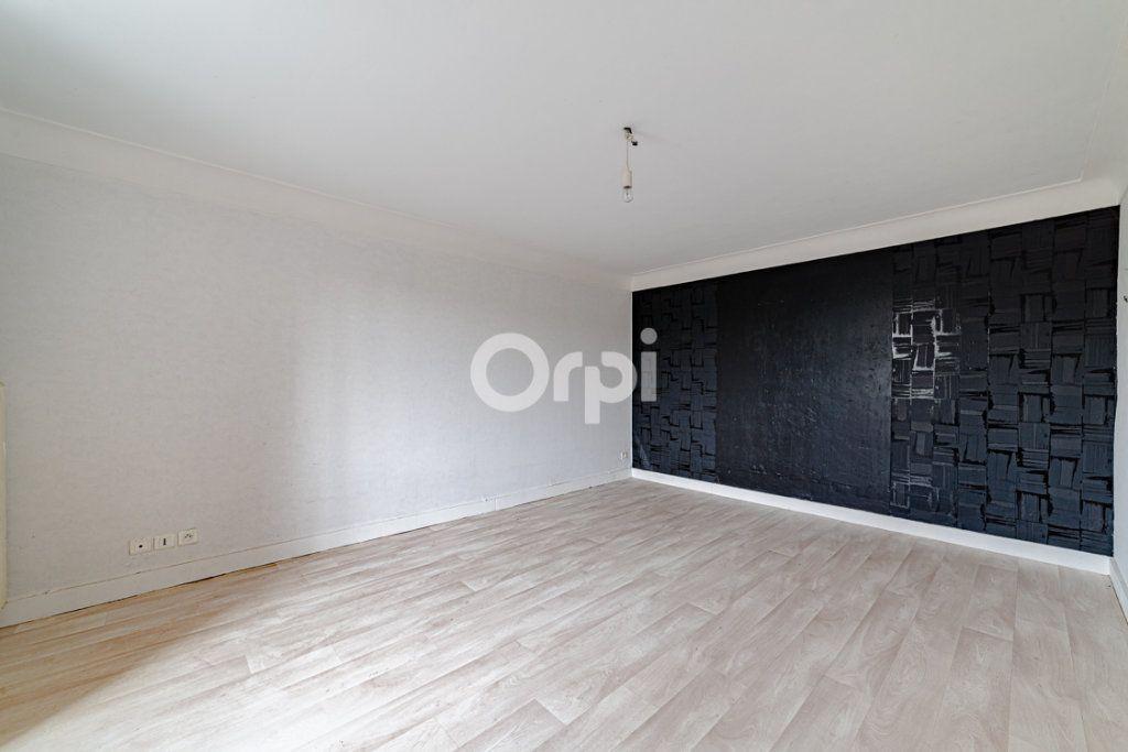 Maison à vendre 4 98m2 à Saint-Gence vignette-11