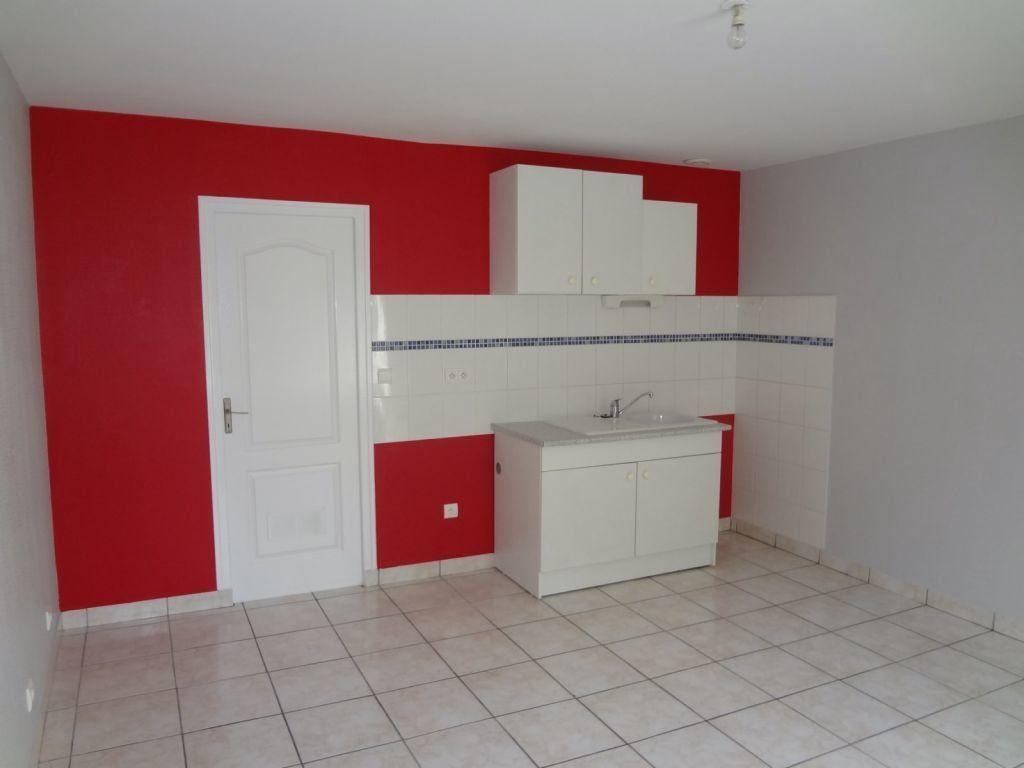 Appartement à louer 2 41.87m2 à Nieul vignette-1