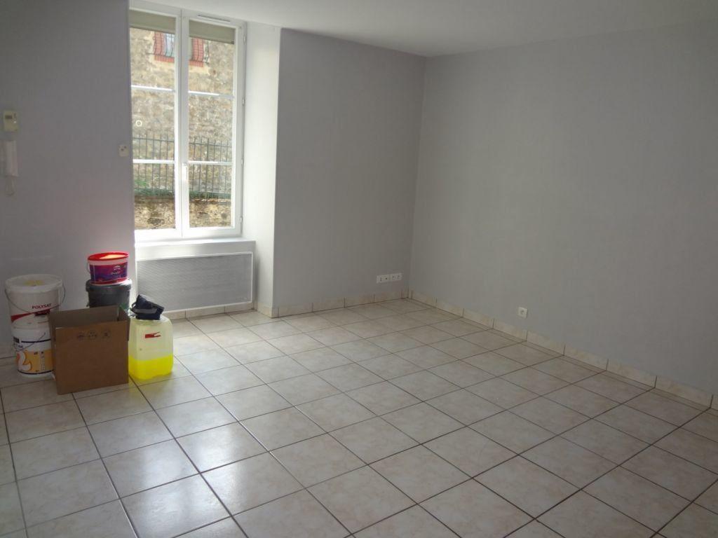 Appartement à louer 2 41.87m2 à Nieul vignette-2