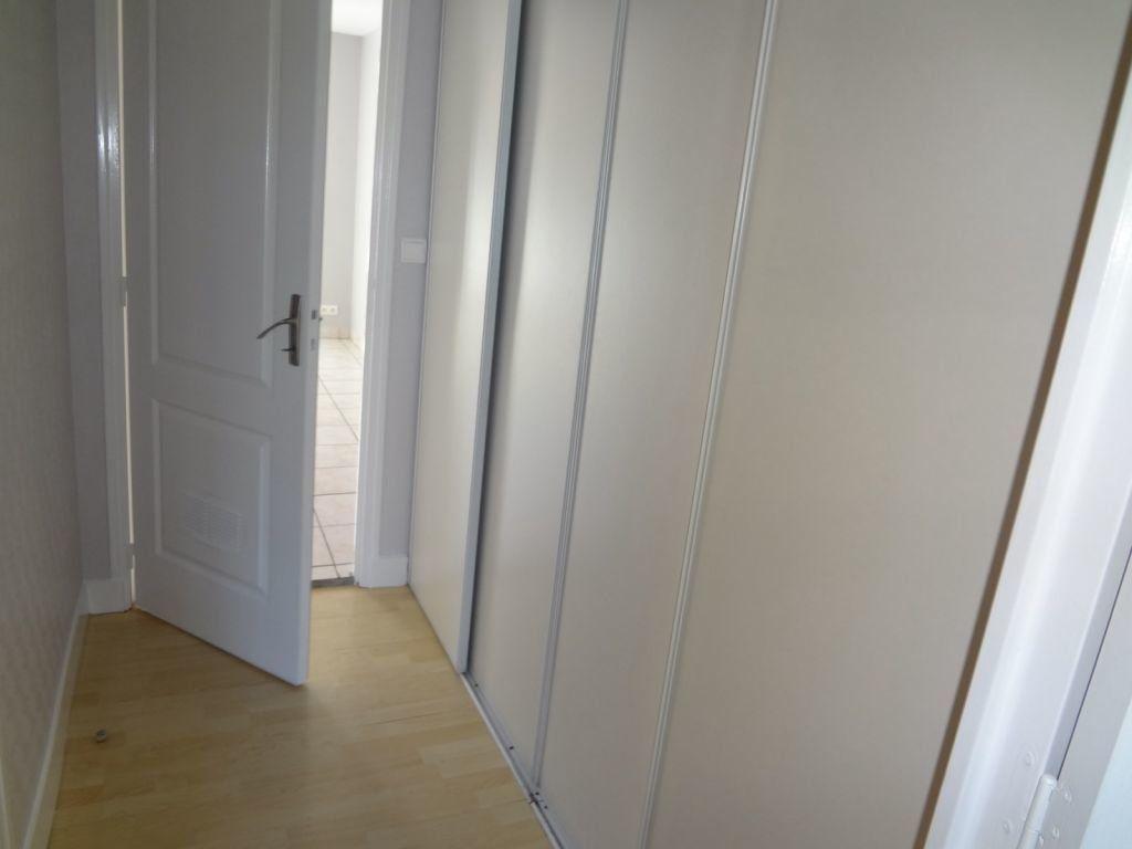 Appartement à louer 2 41.87m2 à Nieul vignette-5