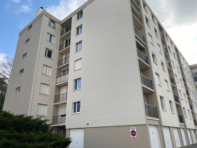 Appartement à vendre 5 87m2 à Limoges vignette-1