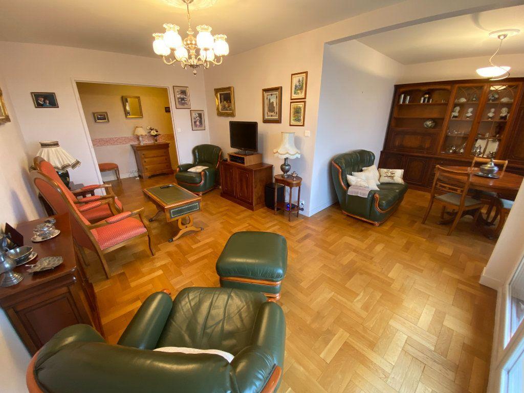 Appartement à vendre 5 87m2 à Limoges vignette-8