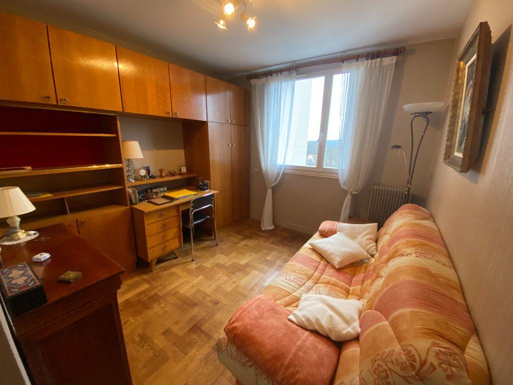 Appartement à vendre 5 87m2 à Limoges vignette-11