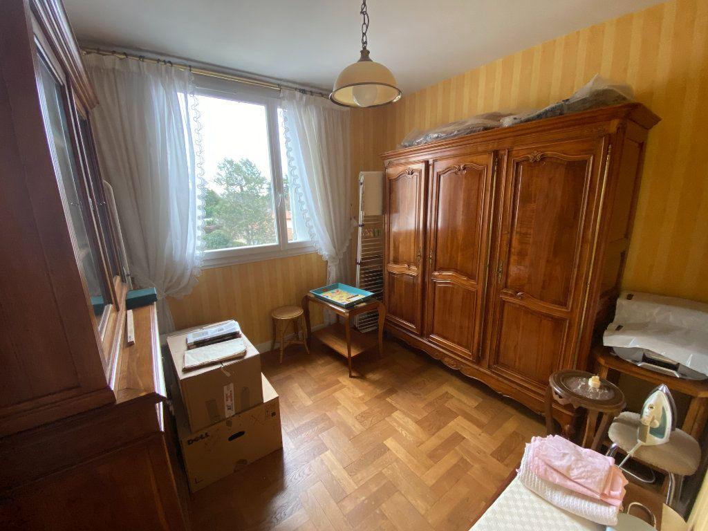 Appartement à vendre 5 87m2 à Limoges vignette-12