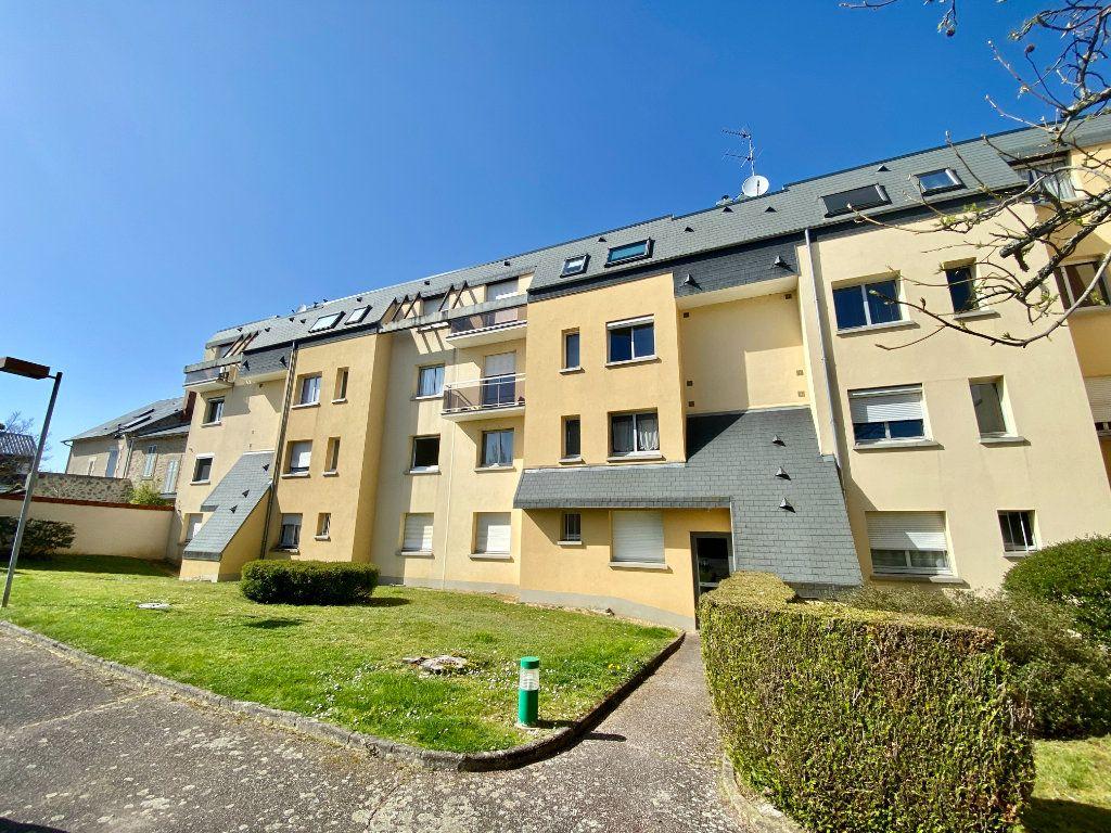 Appartement à vendre 5 116.11m2 à Limoges vignette-1